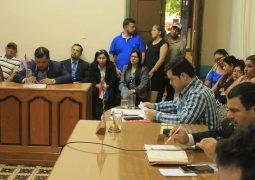 INTENDENTE RESPONDE SOBRE TEMAS COMUNITARIOS EN LA JUNTA MUNICIPAL DE CONCEPCIÓN.
